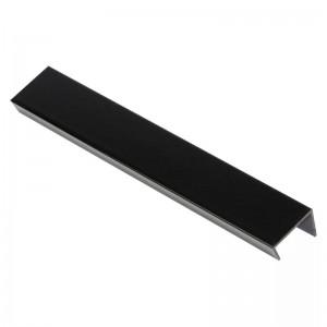 3188 Торцевая заглушка цоколя 4м 100мм черный